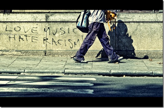 Grafitti Love Music Hate Racism